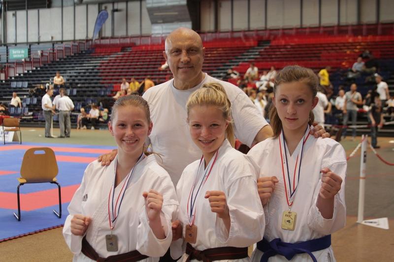 club karate 76
